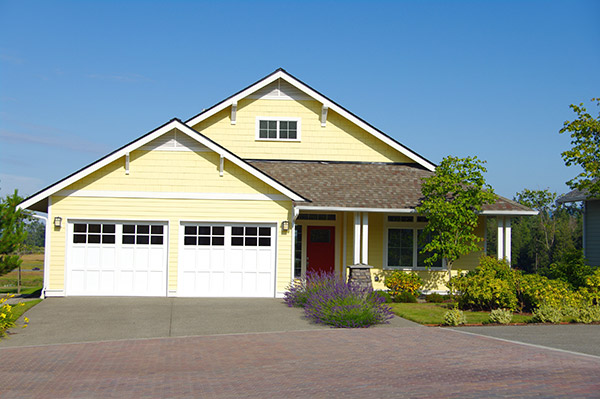 how to clean garage door